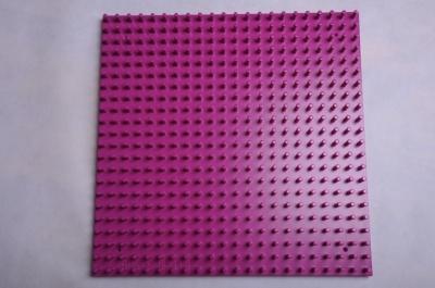 Žížalice - samostatná dřevěná deska fialová